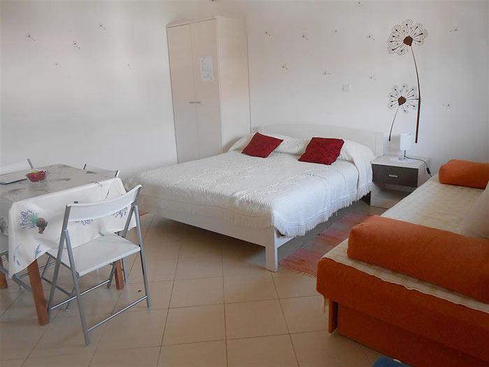 Apartmani 70 m od plaže, Fažana