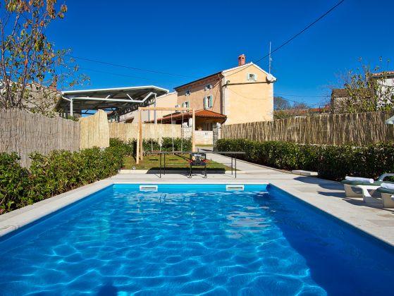 Ferienhaus mit pool in bubani rovinj istrien kroatien kanfanar istrien kroatien preis - Formentera ferienhaus mit pool ...