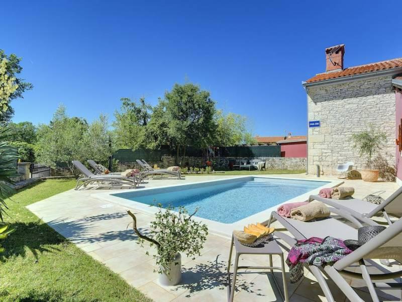 Počitniška hiša z bazenom Barban, Pula, Istra