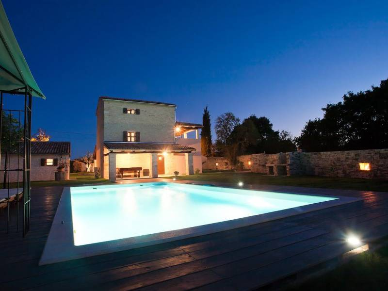 Holiday house with pool in Kanfanar, Rovinj, Istria