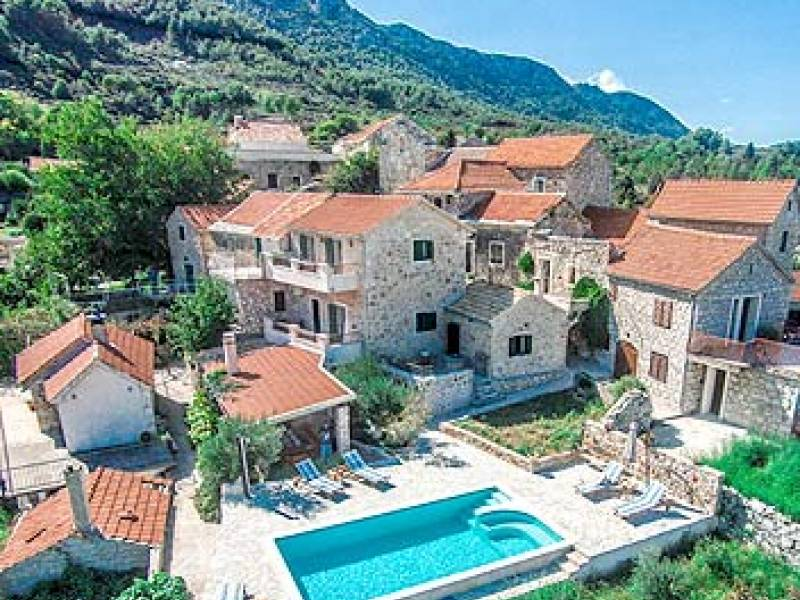 Stone house with pool, Jelsa, island Hvar, Dalmatia, Croatia