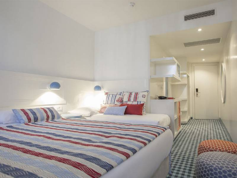 Amadria Park Kids Hotel Andrija ex Solaris, Sibenik, Dalmazia, Croazia Double room with extra  bed