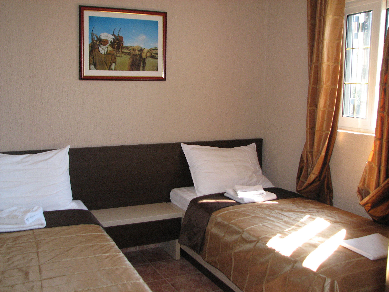 Apartments Dijana | , Sveti Stefan, Montenegro | Preis, Last minute ...