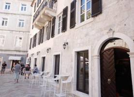 Boutique Hotel Astoria | Old Town Kotor | Montenegro | CipaTravel