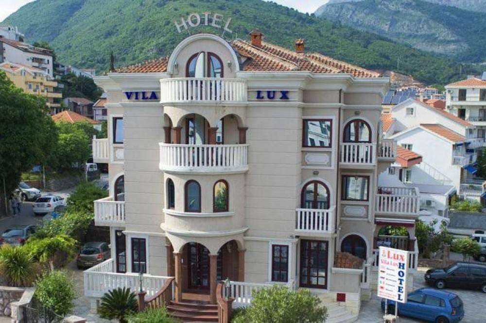 Oтель Гарни Vila Lux Hotel Vila Lux | Budva | Montenegro | CipaTravel
