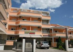 Garni Hotel MENA Budva Town 1