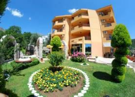 Apartments Radevic Kamenovo