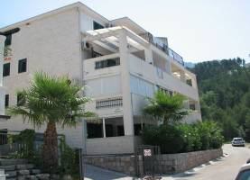 Apartment MIMOZA Sveti Stefan
