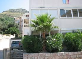 Apartment MIMOZA Sveti Stefan 1