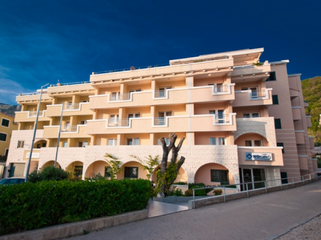 WGrand Hotel
