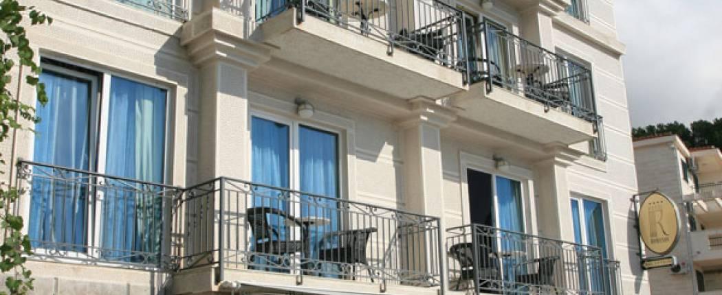Romanov Hotel