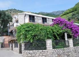 Apartments Kentera 1 Sveti Stefan | Cipa Travel